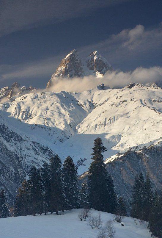 Горные лыжи, Горы, Местиа, Пейзаж, Сванетия, Ушба С видом на Ушбуphoto preview