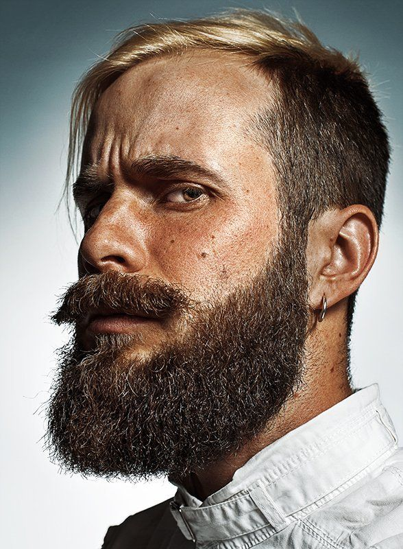 Beard, Boy, Cover, Editorial, Esquire, Face, Man, Man\'s portrait, Mood, portrait, Skin, Strong, Борода, Взгляд, Журнал, Лицо, Мужской портрет, Мужчина, Настроение, Обложка, Парень, Портрет Мужской портрет в стиле Esquirephoto preview