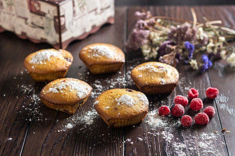 Кексы с малинойphoto preview