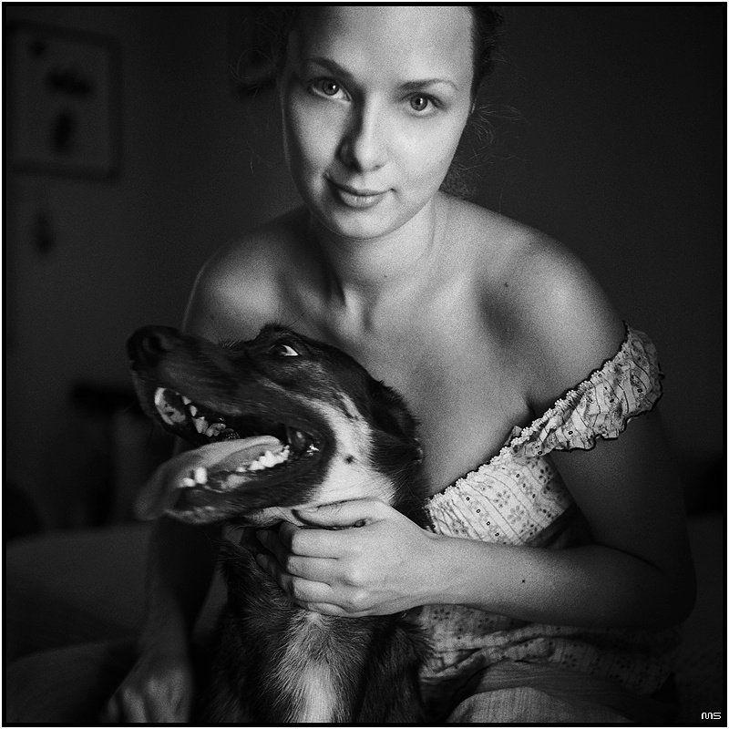 девушка, портрет, собака, свет Портрет Девушки с Собакойphoto preview