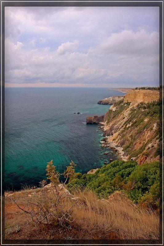море, крым, побережье, обрыв На краю обрываphoto preview