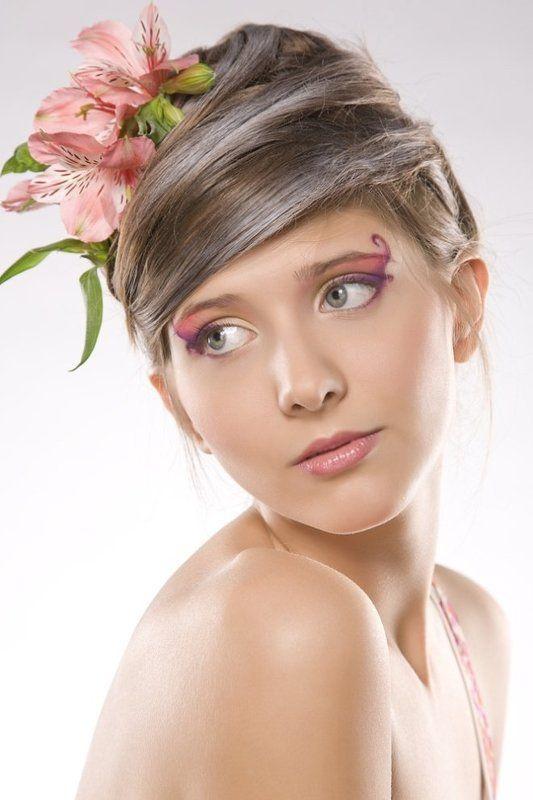 Цветочная нимфаphoto preview