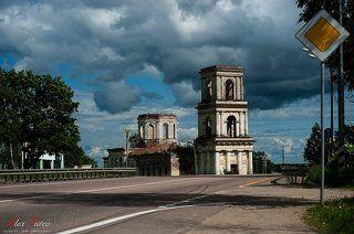 Церковь Михаила Архангела в Хотилове