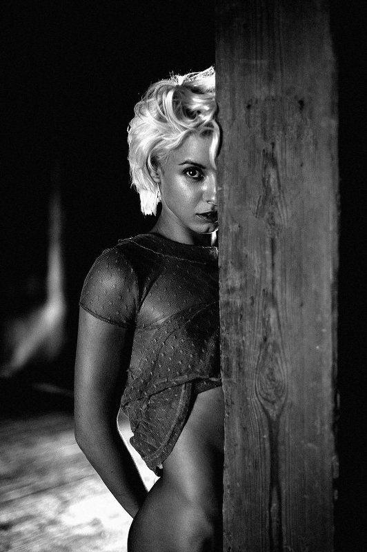 портрет, девушка, чб, ню, портретдевушки, чернобелое Настяphoto preview