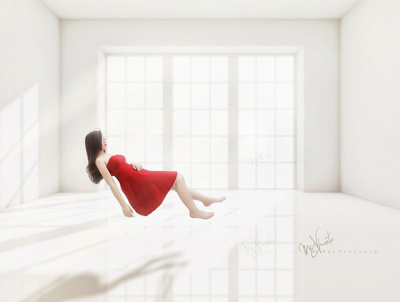 Dress, Floating, Lovely, Mac, Mac Vincente, Macvincente, Manipulation, Portrait, Red, Vietnam, Vincente Floating !photo preview