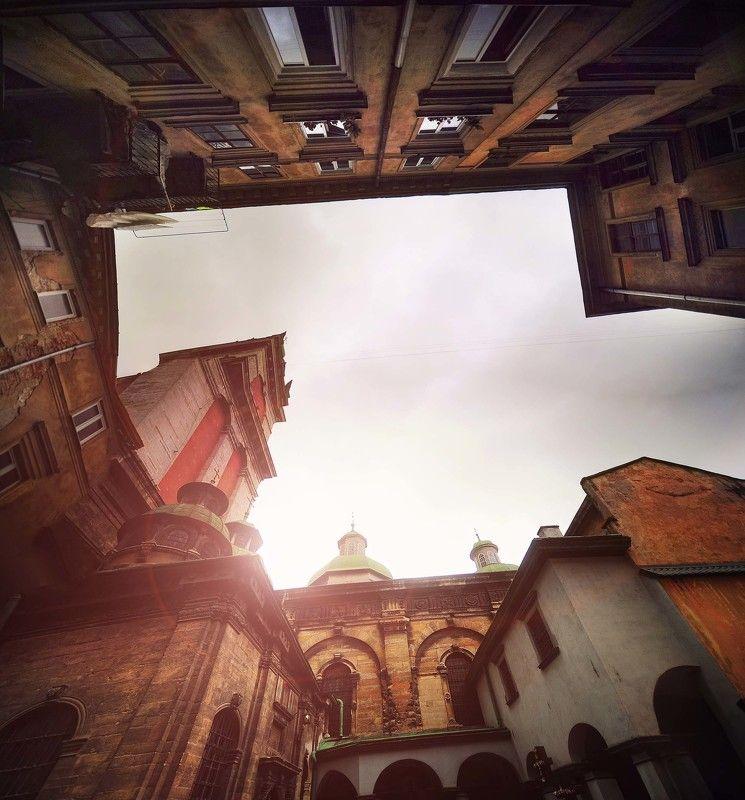 в старом городеphoto preview