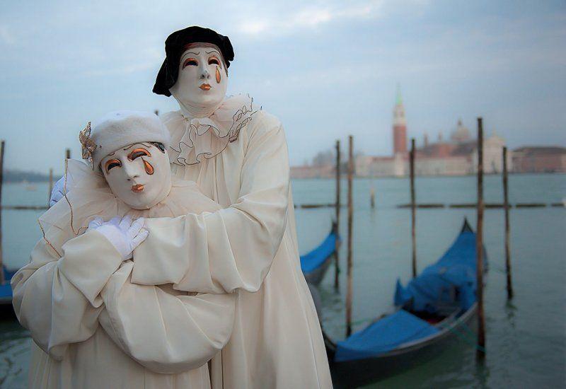 Италия, Венеция, карнавал, венецианский карнавал, двое, костюмы, пьеро маски карнавалаphoto preview