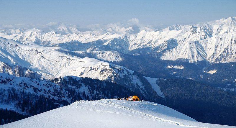Лагерь в горах.photo preview