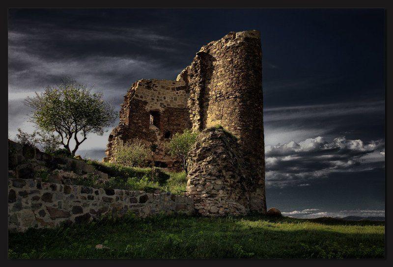 Останки древности седойphoto preview