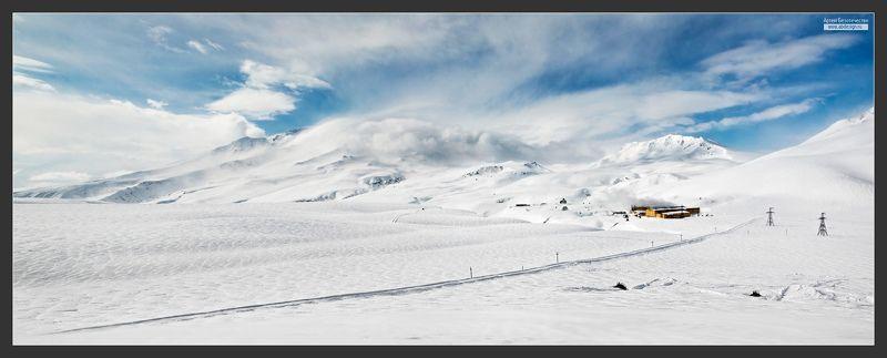 Весна у вулкана Мутновскийphoto preview