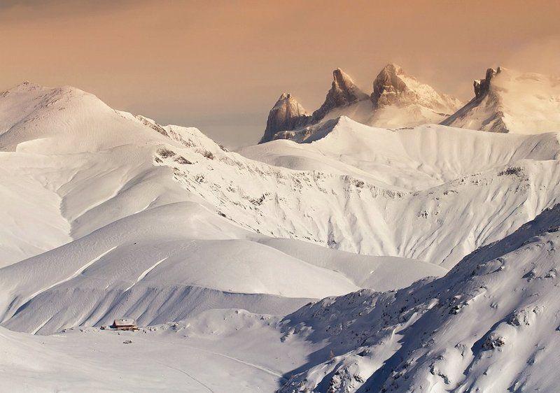 mountain, snow, alps , france Aiguilles d\'Arves ( 3514м)photo preview