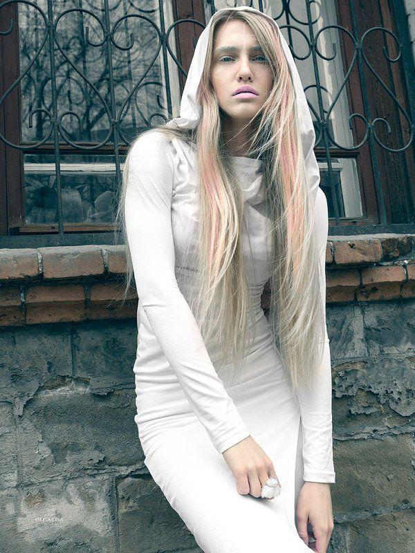 Fashion, Girl, Model, Priest, Street 2 photo: \