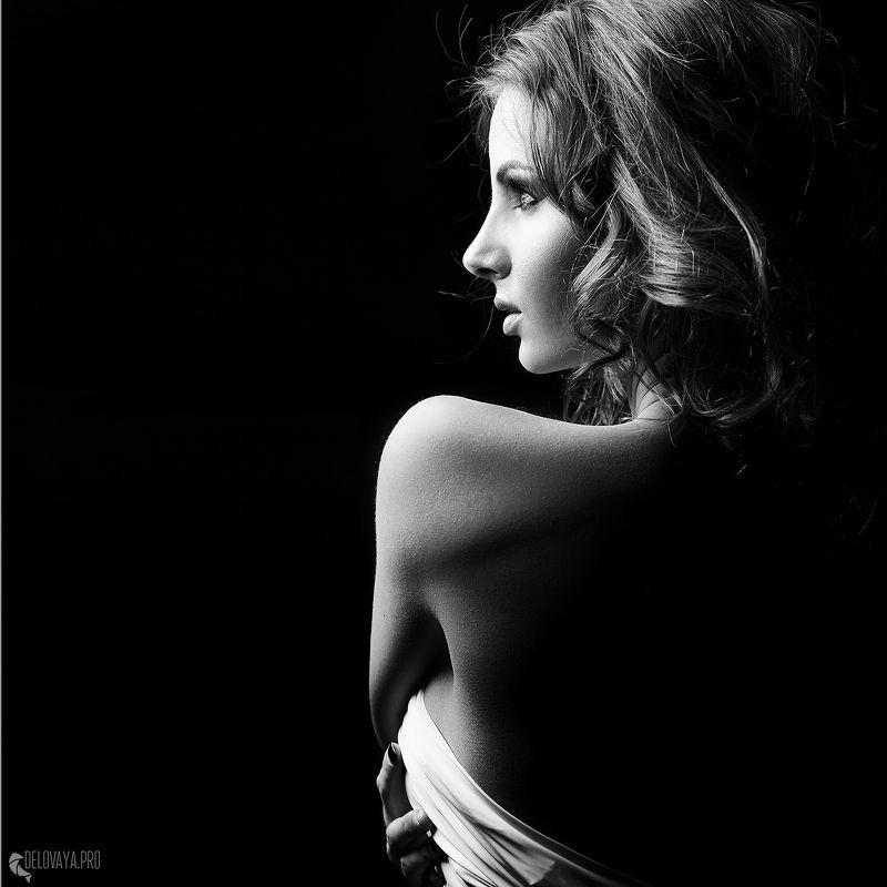 студия, девушка, бьюти, сексуальность, нежность, макияж,  Линия ее телаphoto preview