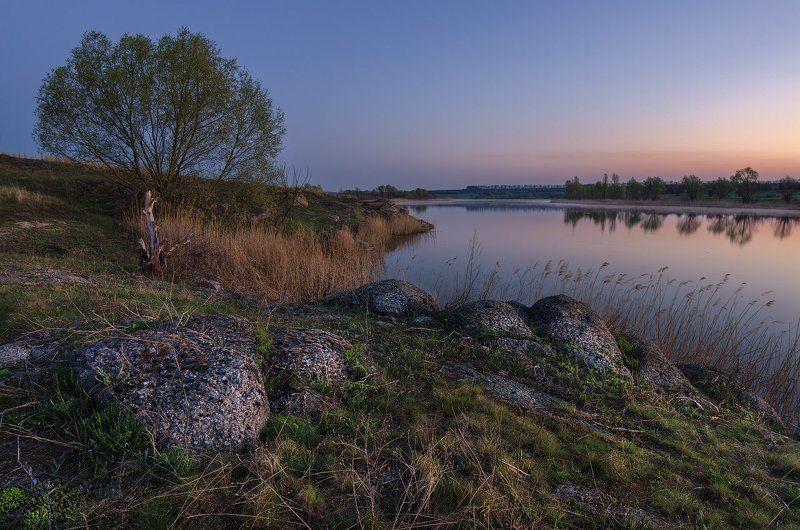 река, Сугоклей, рассвет, туман, ивы, камни, трава Дивное пробуждениеphoto preview