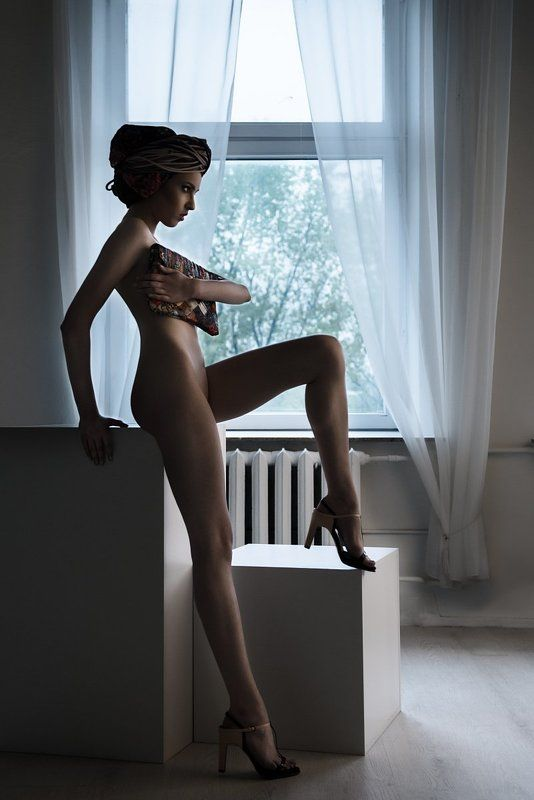 handbag, Naked, Nude, Thin girl, Turban turban and handbagphoto preview