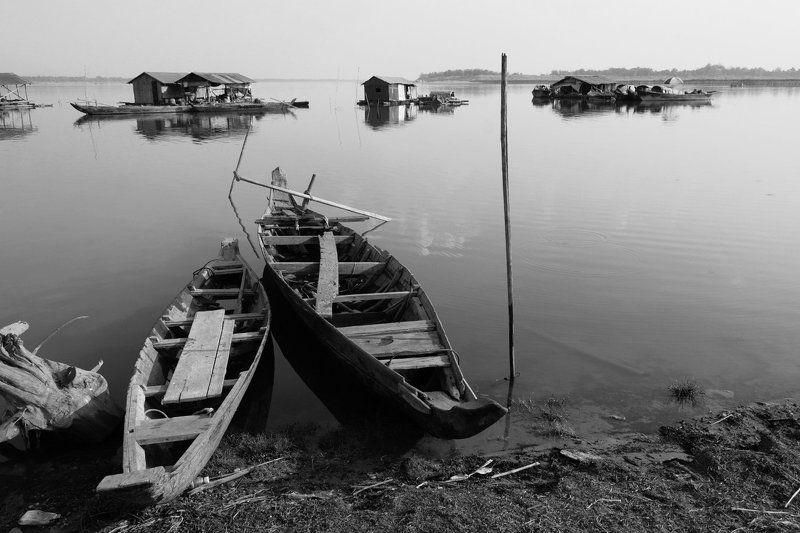 река, меконг, азия, лодка, поселение, камбоджа, чб, На Меконгеphoto preview
