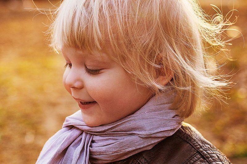 мальчик, малыш, портрет, природа, свет Весенний портретphoto preview