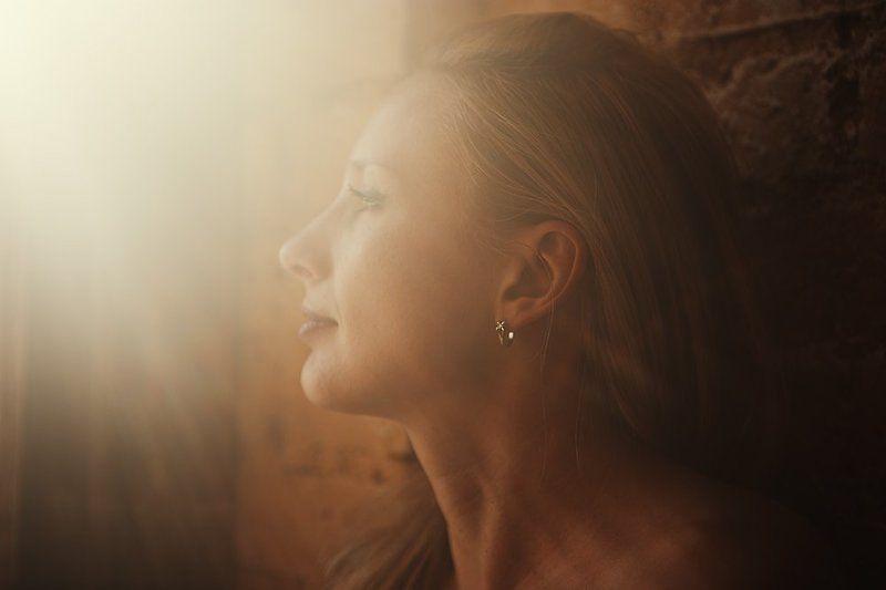 девушка, солнце, лучи, свет, портрет Солнечный портретphoto preview