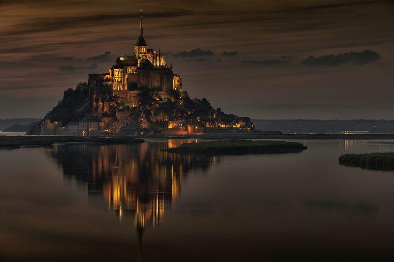 Le Mont Saint-Michel  Le Mont Saint-Michel..photo preview