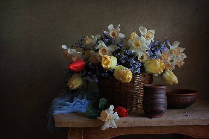 Весенние цветыphoto preview