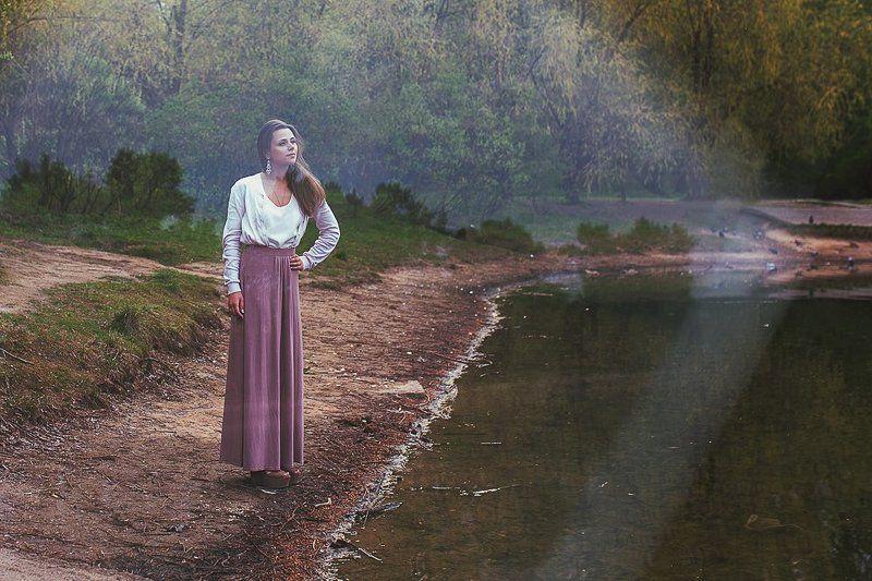 девушка портрет природа парк пруд У прудаphoto preview