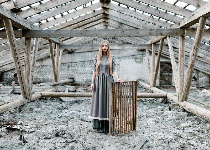 35мм, Film, Girl, Light, Portrait, White Grey roofphoto preview