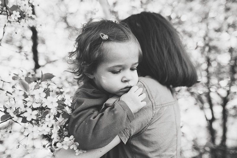 девочка, на руках, мама, портрет, нежность Вместеphoto preview