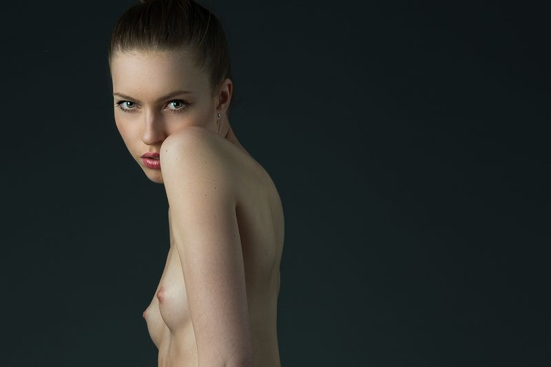 nude, naked girl, modesty, Foto Pin Modestyphoto preview