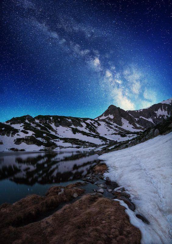 Млечний путь над горах в Болгарииphoto preview