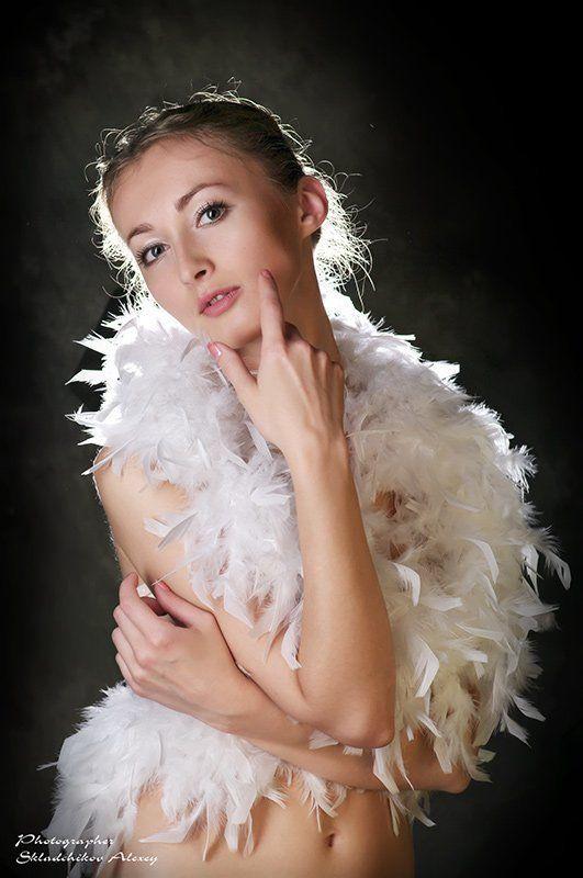 девушка, боа, ольга, alexis-studio.com, фотограф складчиков алексей, невеста, love story Warum? Nein ... Olga!photo preview