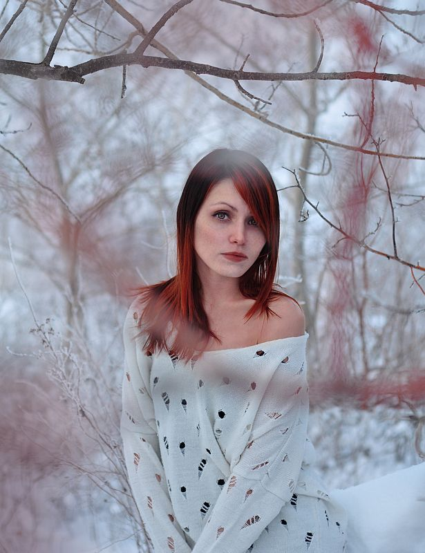 Girl, Redhair, Snow, White, Winter zophoto preview