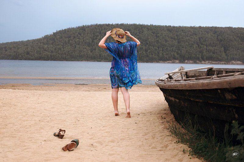 девушка, вода, песок, пляж, лодка, шляпа, шляпка, ножки, природа День отдыхаphoto preview