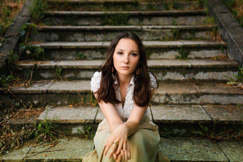 портрет, девушка, взгляд Взглядphoto preview