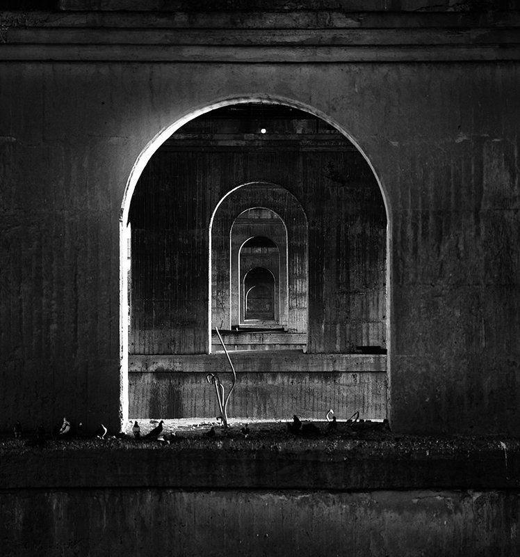 мост, мосты, омск, россия, черно-белое, иллюзия, геометрия, арки, russia, omsk, black and white Подмостовые иллюзииphoto preview
