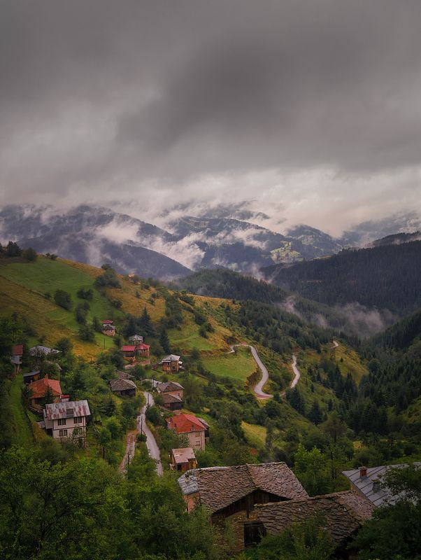 Rainy afternoon in Zornitsaphoto preview