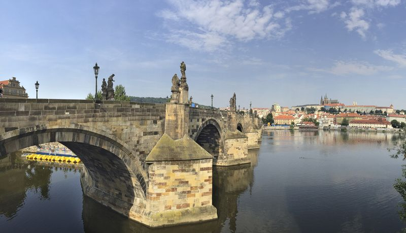 Карлов мостphoto preview