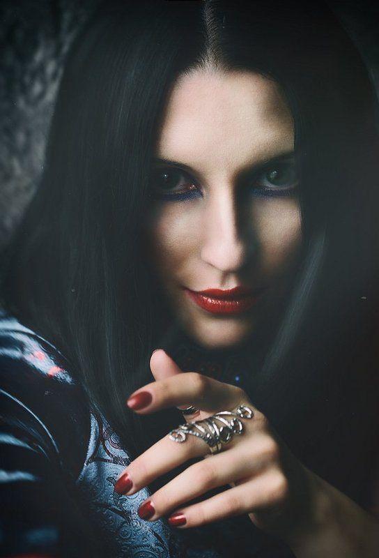 портрет, девушка, студия, пилотный свет Witchphoto preview