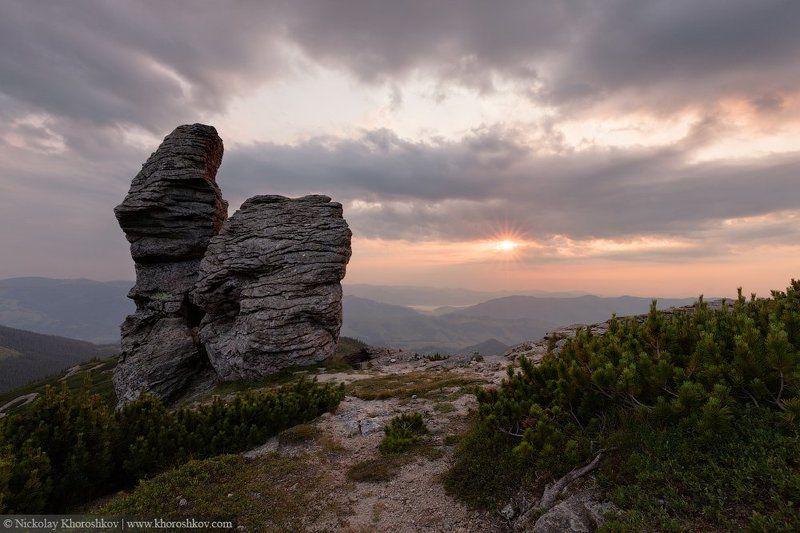 Carpathian mountains, Landscape, Nature, Ukraine, Горы, Карпаты, Пейзаж, Природа, Рассвет, Украина Наедине с солнцемphoto preview