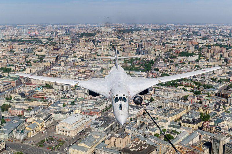 2014, Air2Air, Москва, Парад, Победа, Ту-160 Белый Лебедь.photo preview