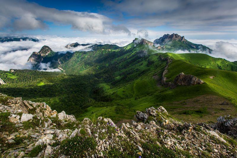 горы, Кавказ, Россия, Адыгея, Тхач, лето Утро Тхачейphoto preview