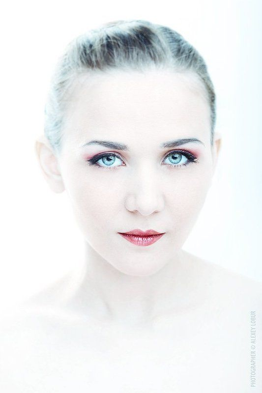 Hi-key, Белый, Глаза, Женищна, Лицо, Лобур, Портрет, Портрет девушки whitephoto preview