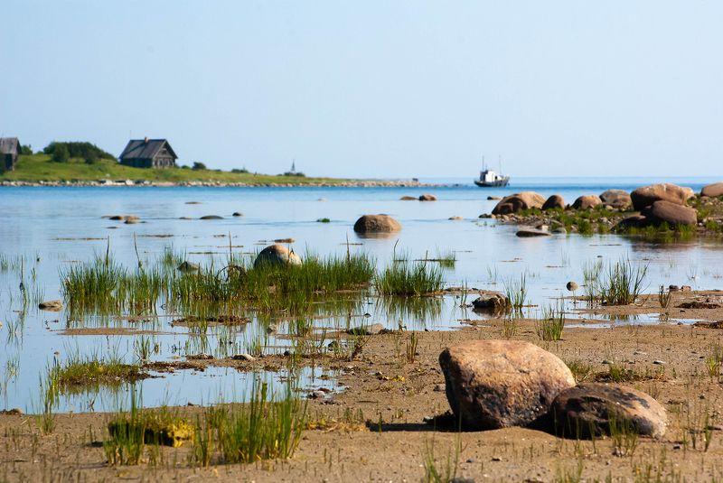 landscape, seascape, sea, rocks, barn, ship, horizon, water, blue, white White seaphoto preview