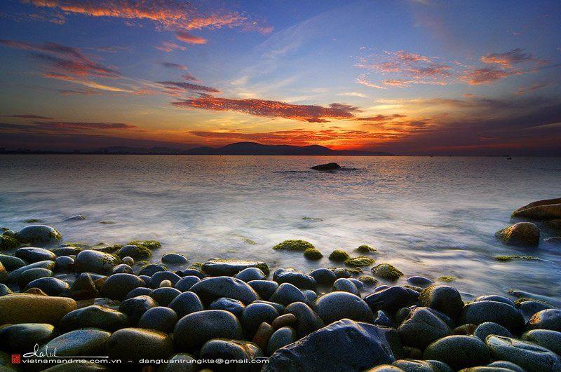Dang Tuan Trung, Frank Dang Dawn on the seaphoto preview