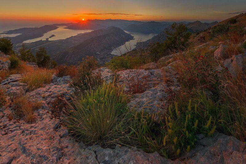 черногория, котор, ловчен С горы Ловченphoto preview