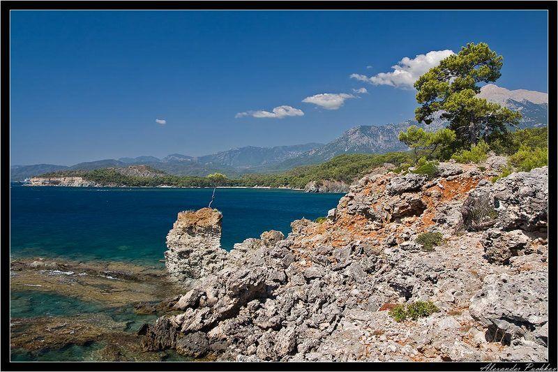 турция, кемер, море, бухта, горы, пейзаж Райская бухтаphoto preview
