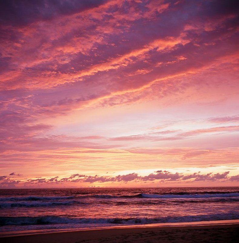 Закат на мореphoto preview