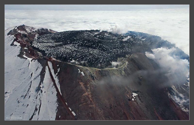 камчатка, вулкан, авача Кратер Авачинского вулканаphoto preview