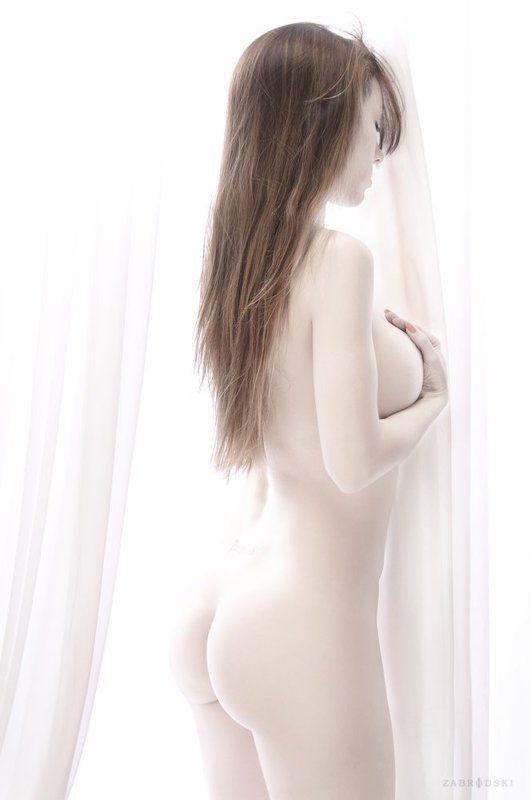 nude, blanco, Celeste Gonsalez,  C.G.photo preview