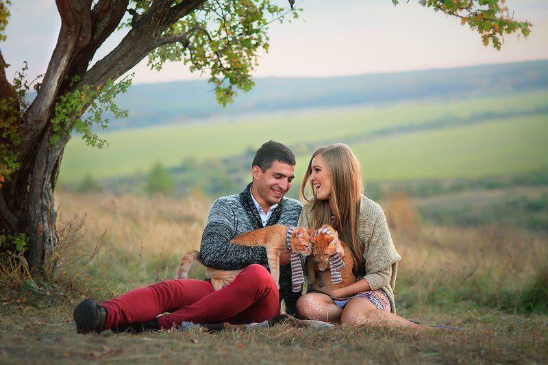 осень любовь пара Love Story теплая осеньphoto preview