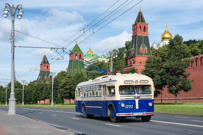 москва, московский троллейбус, троллейбус, мтб-82, мосгортрагс Синий троллейбусphoto preview